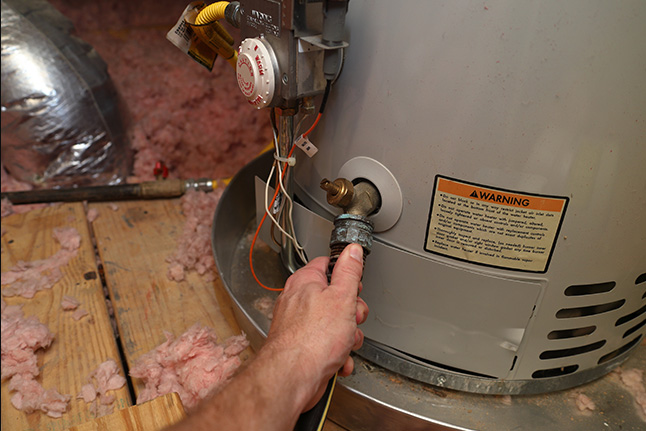 Read more about the article Is your residence not equipped with a gas line? Get an electric water heater!
