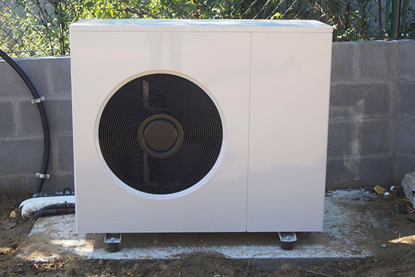You are currently viewing Consider a heat pump as an enviromentally friendly way to warm your home