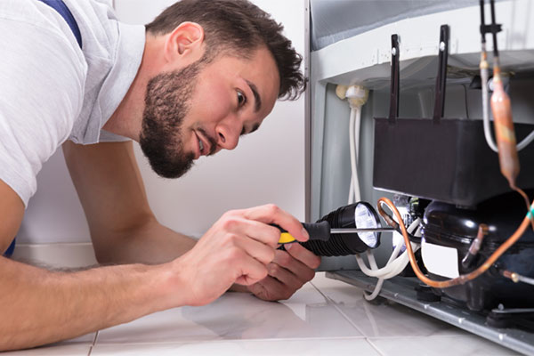 You are currently viewing DIY appliance repairs vs. professional appliance repairs