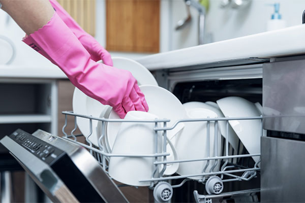 You are currently viewing Fire hazard forces dishwasher manufacturer to recall 42,000 units