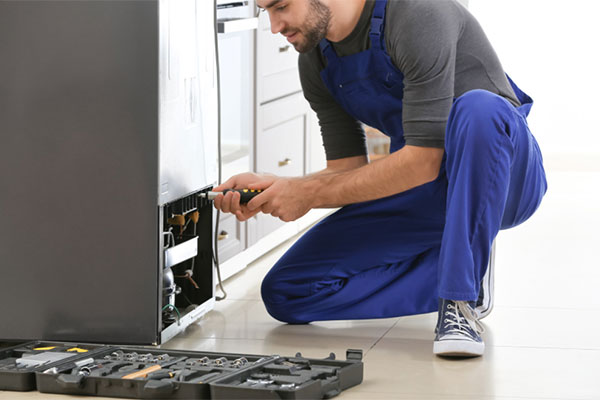 Watch for these warning signs of bad refrigerator repair companies