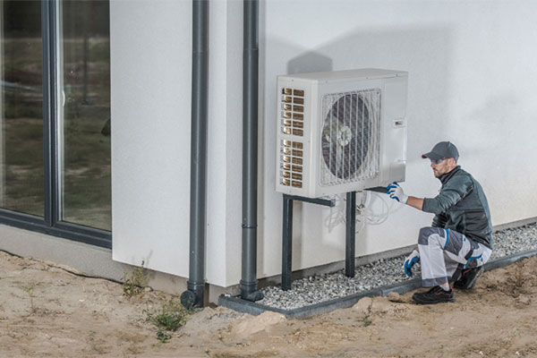 How does a heat pump cool and heat your home?